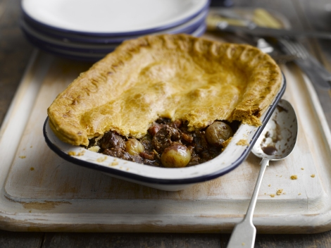... nights call for shallot, chunky steak and mushroom pie | Lemonaste