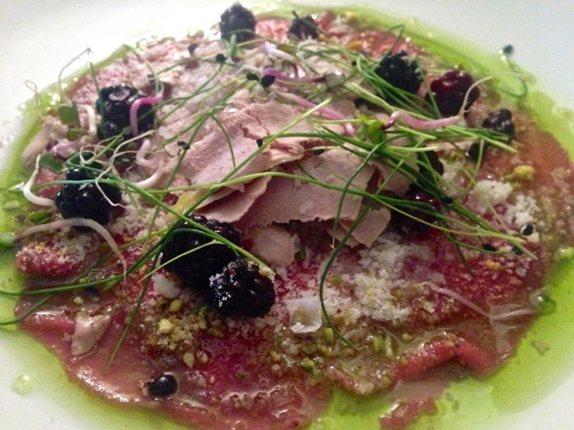 Carpaccio of retinto, an Extramaduran specialty